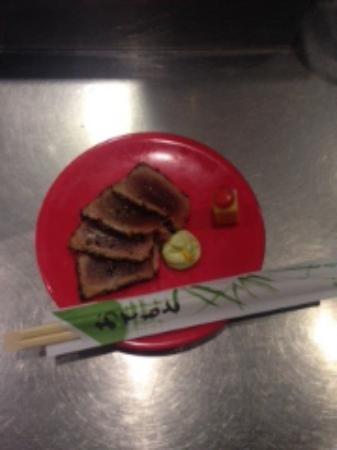 Bar Mo: Tataki de atún, emulsión de wasabi