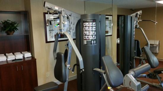 Comfort Inn: Fitness 1