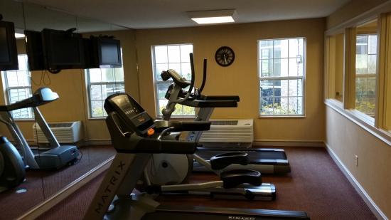 Comfort Inn: Fitness 2