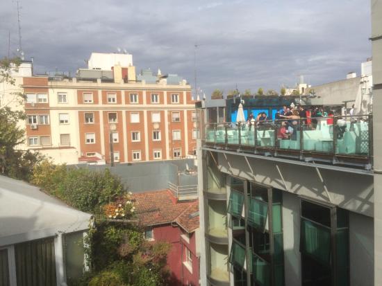 Foto de hotel santo domingo madrid madrid vista hacia el Metro santo domingo madrid