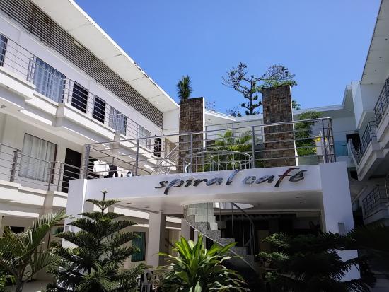 Erus Suites Hotel: 외관