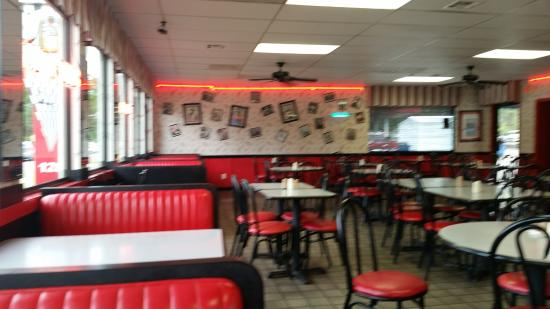 inside picture of gino s hamburgers greenville tripadvisor rh tripadvisor com