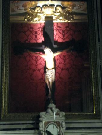 Basilica di Santa Maria di Nazareth: Santo Cristo