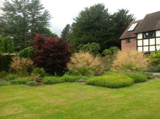 Stapleton, UK: Gardens