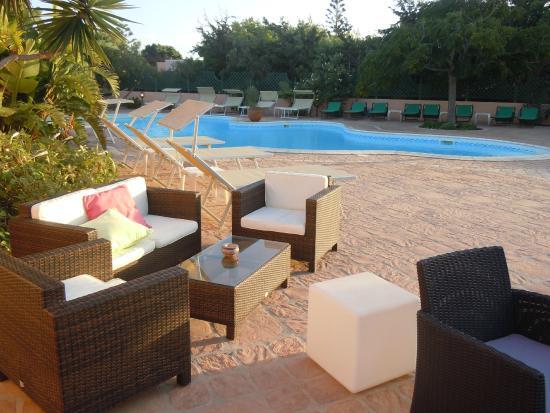 Residence Villa Giulia: zona piscina