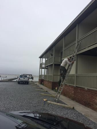 Anchor Inn: Repairman having to access the room with a ladder. No key entry and the card system broke.