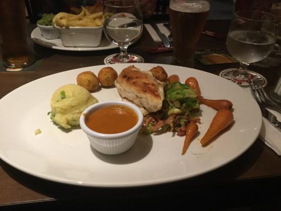 The Huntsman Inn: Dinner