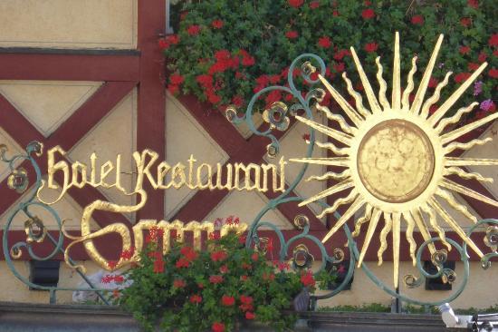 Vor Diesem Restaurant Geht Die Sonne Niemals Unter Bild Von Sonne