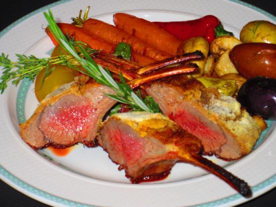 Mr Rizos Restaurant : Rack of Lamb
