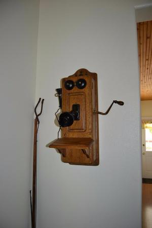 Fish Haven, ID: Quaint old Phone