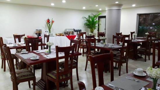 MS Alto Prado Superior: Restaurante