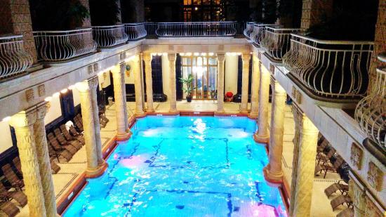 Gellert Spa: The Indoor Pool