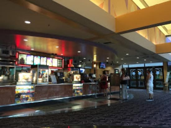 Deserto della California, CA: Inside the movie theater