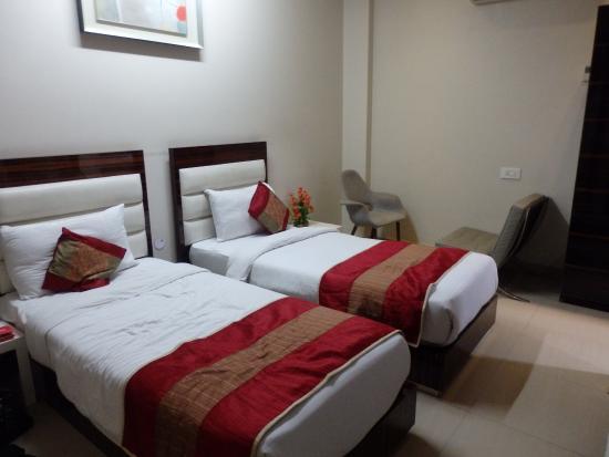 Hotel Gulnar: Twin, Inside view Room Level 2