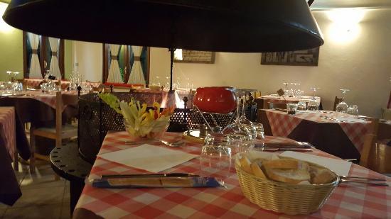 Nebbiuno, Italië: La Taverna del Poggio