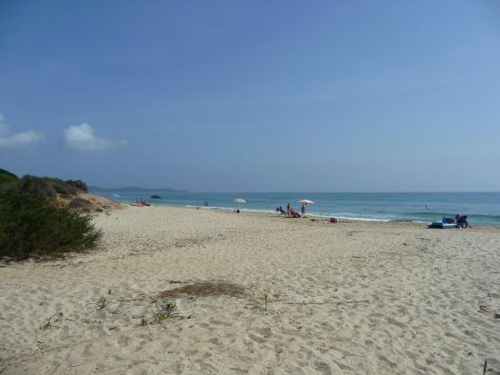Spiaggia foto di piscina rei costa rei tripadvisor - Spiaggia piscina rei ...
