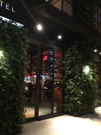 Italian Restaurants Near West Th Street