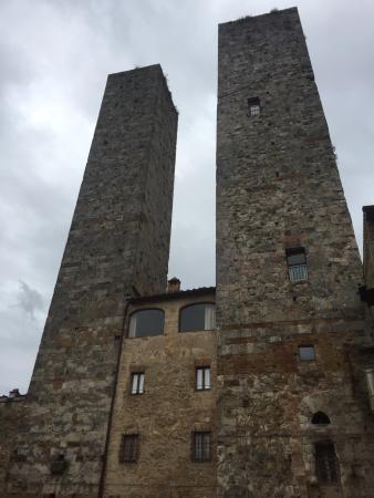 Sara Testi ,Hiking, Walking and Tour Guide in Siena & Tuscany: photo1.jpg