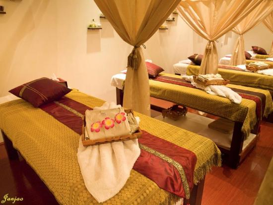 Janjao Thai Massage and Sauna