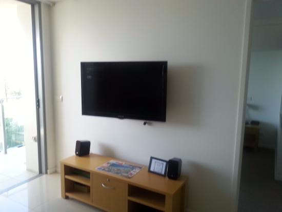 Coco Mooloolaba Apartments: Living area