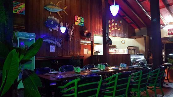 Club Calypso Seafood Restaurant : Inside