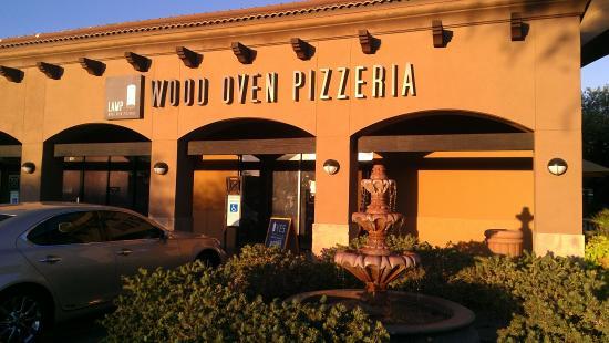 LAMP Wood Oven Pizzeria Aufnahme