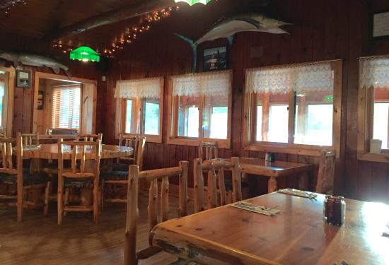 Lonesome Pine Restaurant and Bar : Lonesome Pine Restaurant & Bar