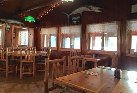 Lonesome Pine Restaurant and Bar: Lonesome Pine Restaurant & Bar