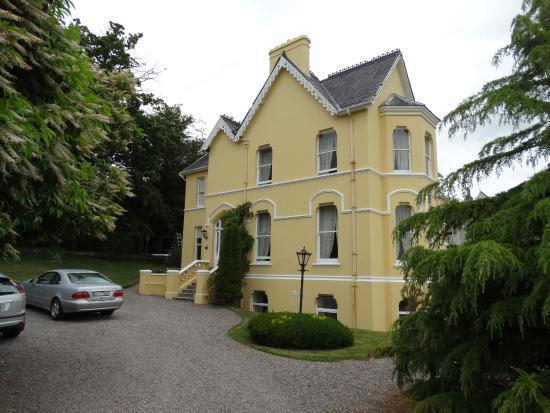 Elmville House