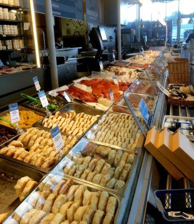 Bild von ravnkloa fish market trondheim for Closest fish market