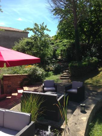 Hotel les Raspes: Le jardin