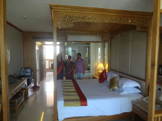 Royal Cliff Beach Terrace Honeymoon Suite Room 415