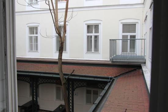 The Levante Laudon: вид из окна