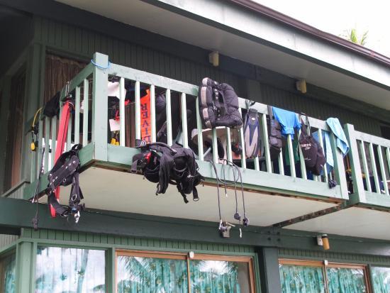 Truk Blue Lagoon Resort: My dive buddys upstairs room balcony.