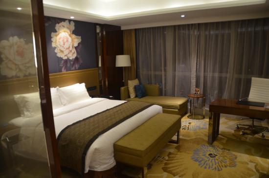Minyoun Chengdu Dongda Hotel -Member of Preferred Hotels & Resorts : Large comfortable rooms
