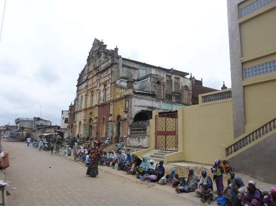 Ethnographique Museum of Porto Novo: mosquee centale de la ville de porto-novo oueme benin