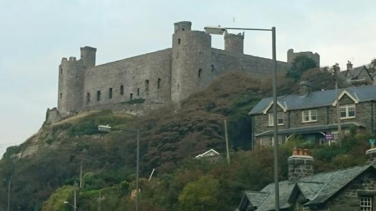 Hufenfa'r Castell