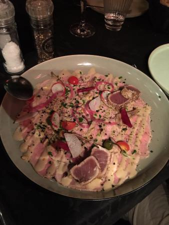 Oudenaarde, Βέλγιο: Vitello Tonato, with perfectly grilled bits