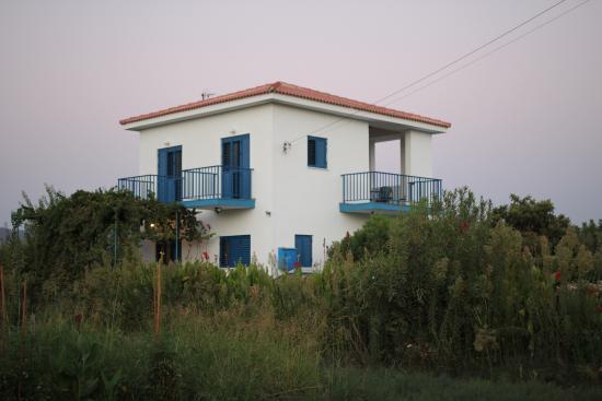 Rotiana Villas