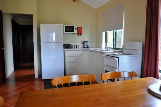 Karri Valley Chalets: open plan kitchen