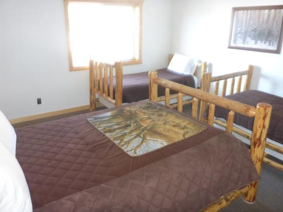 Pine Shadows Motel: Eines der Schlafzimmer