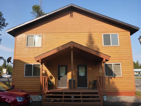 Pine Shadows Motel: Aussenansicht