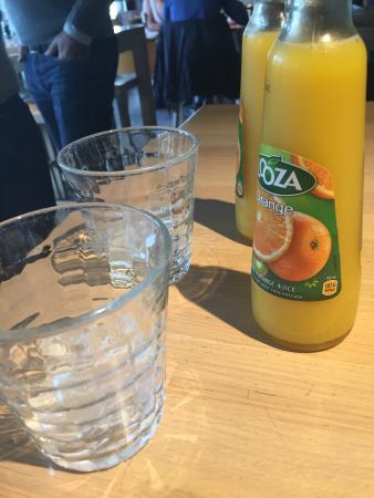 Belfort Restaurant: This is what you get ordering fresh orange juice.