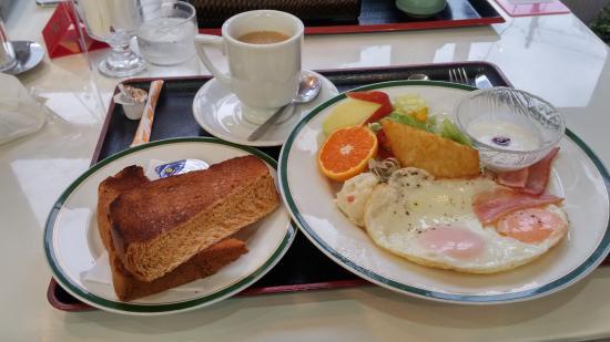 Terminal Hotel Matsuyama: Breakfast (Western style)
