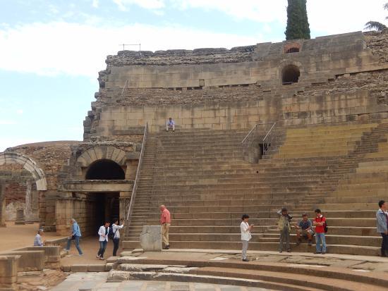 photo0.jpg - Picture of Anfiteatro Romano de Merida, Merida - TripAdvisor