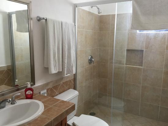 Villas Mayaluum: bathroom