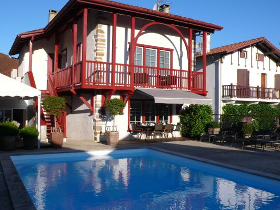 Chambres D Hotes Maxana B B Reviews Price Comparison La Bastide