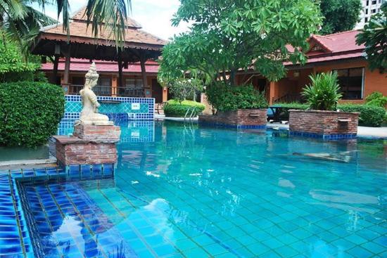 Thai Ruan Paradise Zone - Picture of Sabai Resort, Pattaya