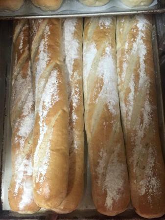 Genna Pizza Company: Fresh Bread
