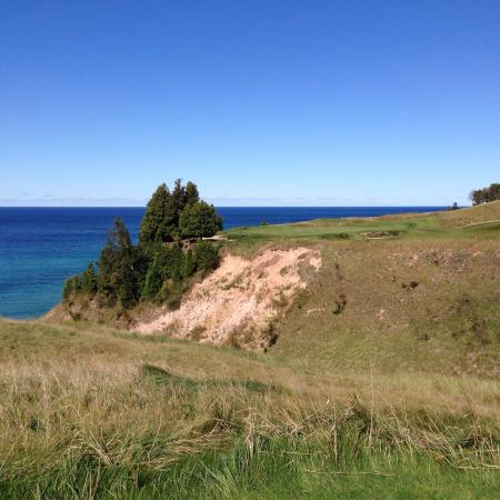 Arcadia, MI: This is a very special place, the golf course and views are amazing and this course would rival